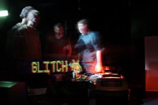 yochee-video-glitch-workshop-03